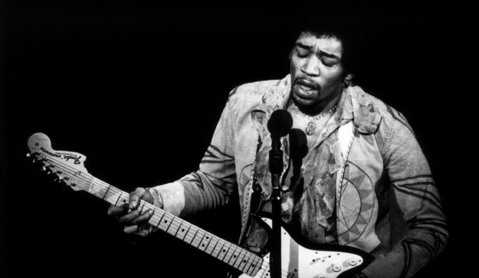 Accord à la Hendrix, ou barré à la Hendrix