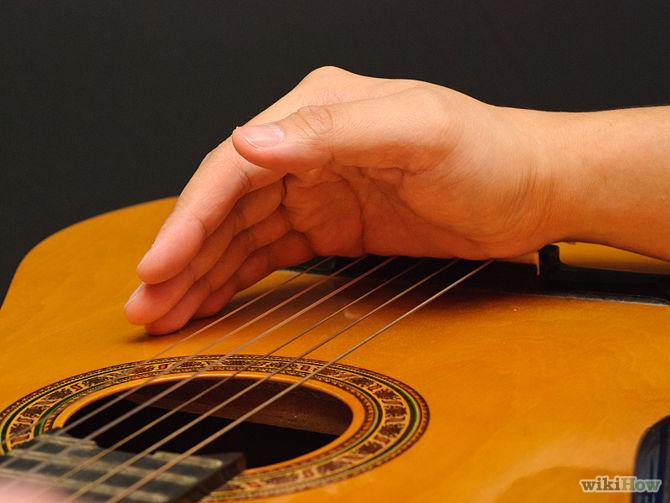 Palm muting - étape 2 : placez votre main sur les cordes, sans appuyer trop fort