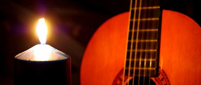 Choisissez de jouer la guitare acoustique pour mieux séduire